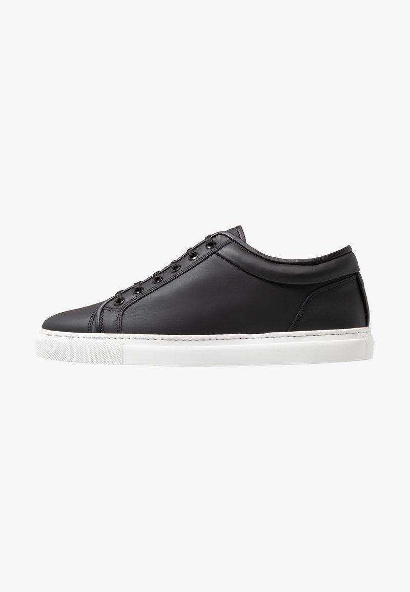 ETQ - Matalavartiset tennarit - black