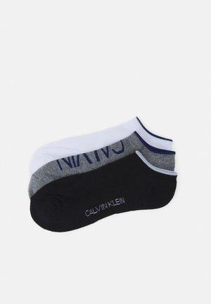 MENS NO SHOW ATHLEISURE GRANT 3 PACK - Socks - grey/white/black