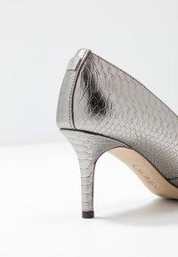 Lauren Ralph Lauren - LANETTE - Classic heels - silver - 2