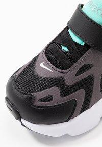 Nike Sportswear - AIR MAX 200 - Sneakers laag - black/metallic silver/thunder grey/aurora green-hyper violet/barely volt - 2