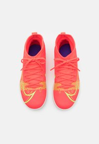 Nike Performance - MERCURIAL 8 CLUB TF UNISEX - Astro turf trainers - bright crimson/metallic silver - 3