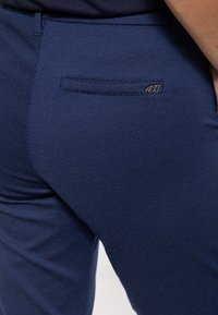 Amor, Trust & Truth - Trousers - navy - 4