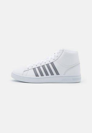 COURT WINSTON MID - Sneakers alte - white/neutral gray
