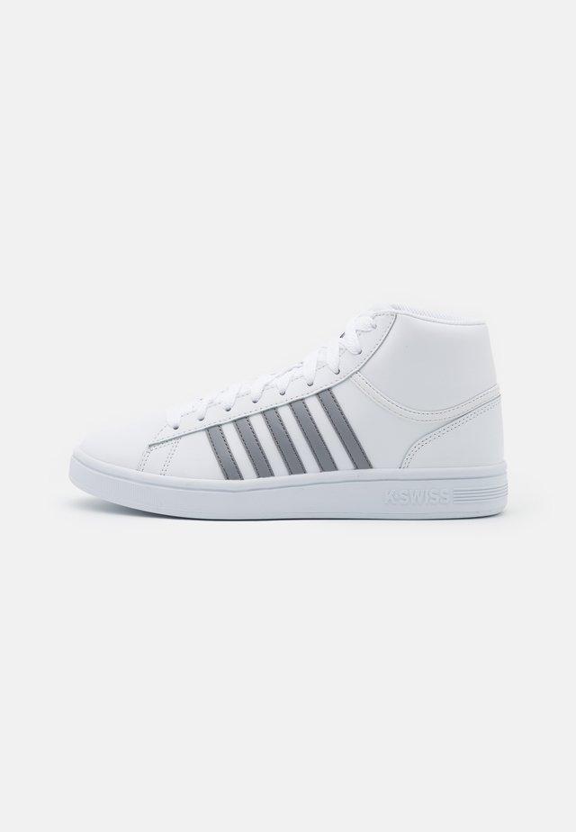 COURT WINSTON MID - Korkeavartiset tennarit - white/neutral gray