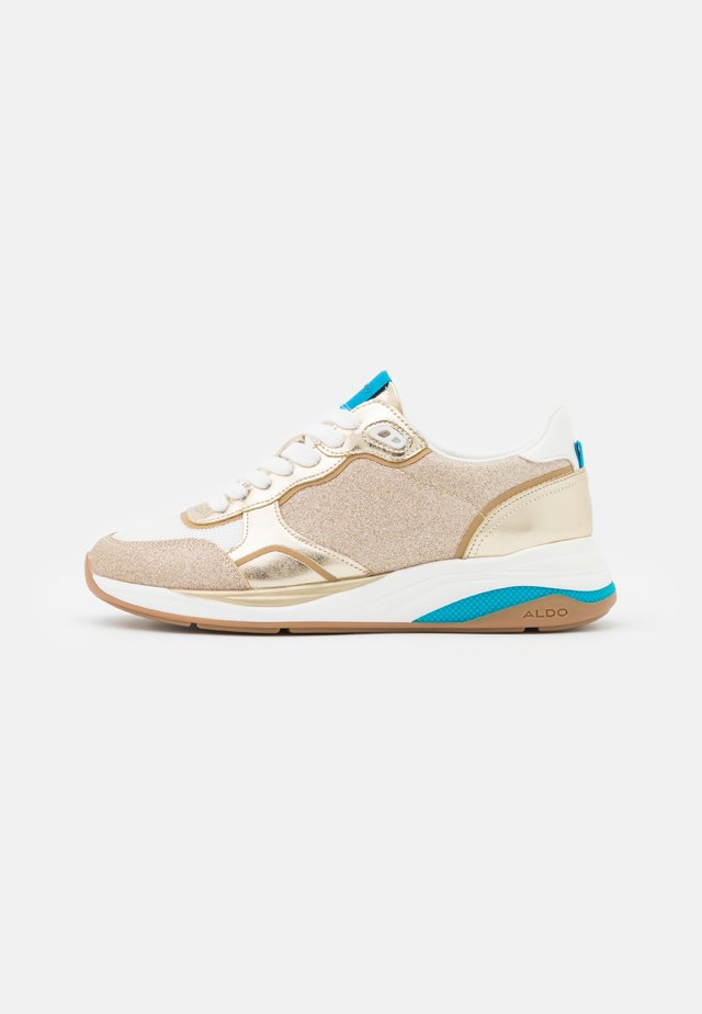 MAKENNA - Sneakers laag - gold