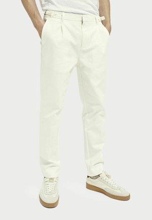 Chinot - denim white