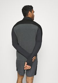 Nike Performance - Funktionsshirt - dark smoke grey/black/silver - 2