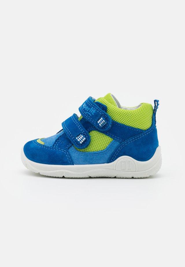UNIVERSE - Touch-strap shoes - blau/hellgrün