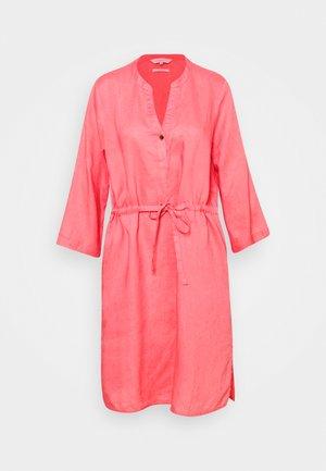 HELI - Denní šaty - desert rose