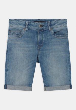 TRANES - Short en jean - blue denim