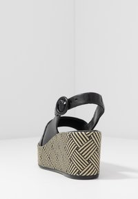 Högl - Platform sandals - schwarz - 5
