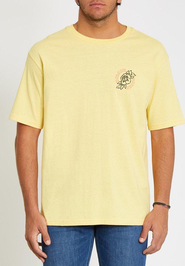 GRIDLOCK  - T-shirt imprimé - dawn_yellow