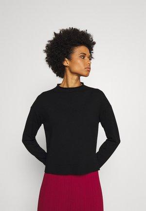 BONUS - Stickad tröja - nero