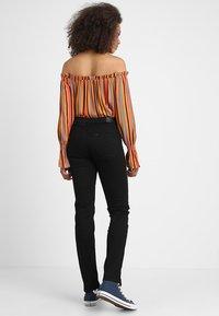 Lee - MARION STRAIGHT - Straight leg jeans - black rinse - 2