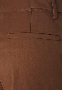 IVY & OAK - PANTS - Kalhoty - gingerbread - 2