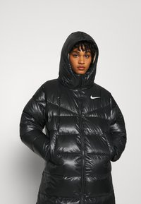Nike Sportswear - PARKA - Dunkåpe / -frakk - black/mystic stone - 4