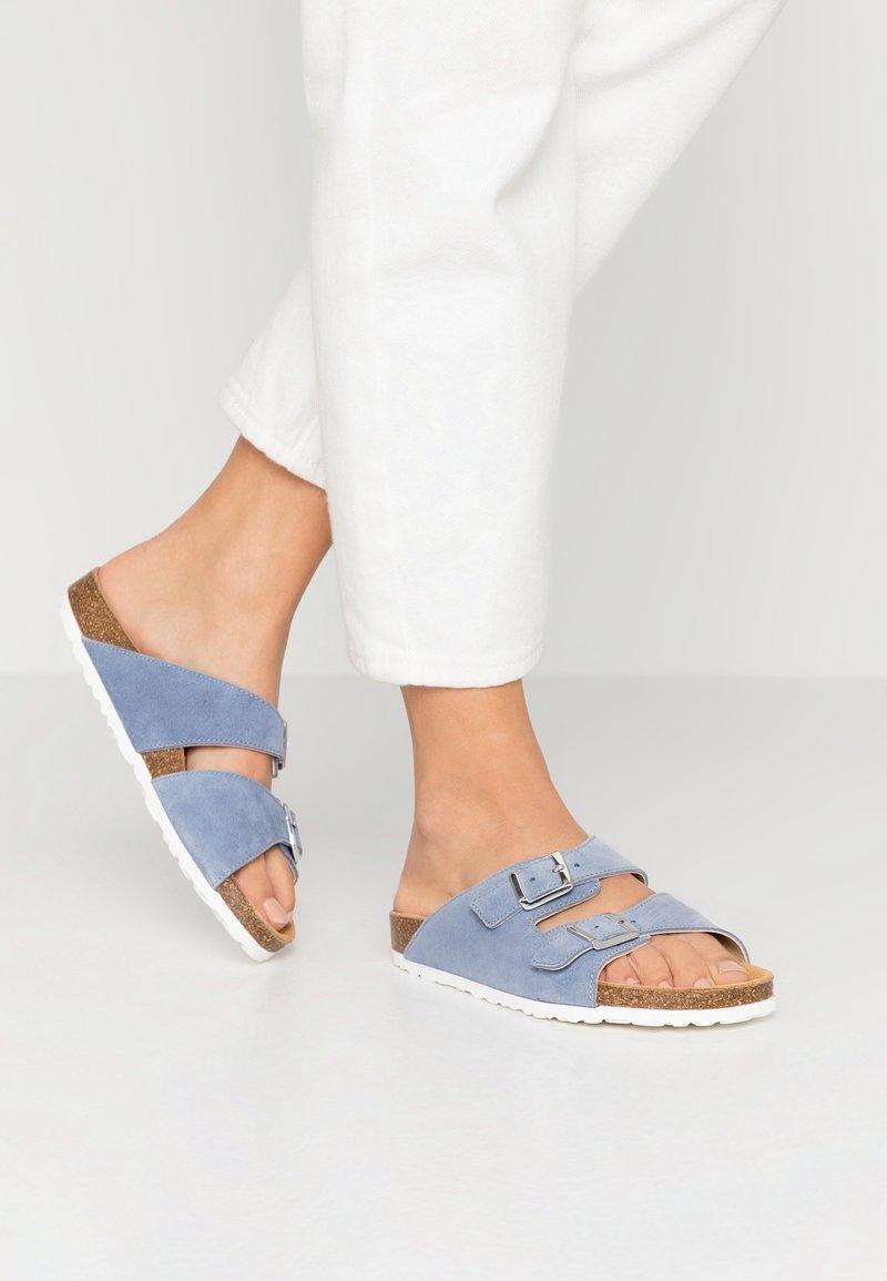 Bianco - BIABETRICIA - Slippers - light blue