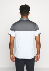Peak Performance - Polo shirt - deep earth - 2