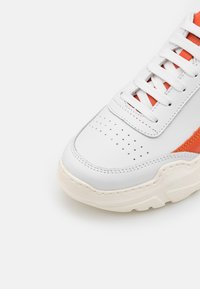 Joshua Sanders - EXCLUSIVE ZENITH CLASSIC DONNA - Trainers - white/orange touch - 5