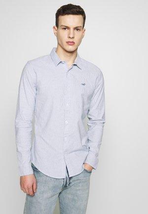 POP - Shirt - light blue