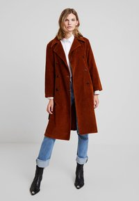 LOIS Jeans - BONNIE - Trenchcoat - bitter choco - 1