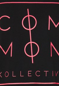 Common Kollectiv - UNISEX SPIKE TEE - Print T-shirt - washed black - 2