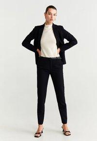 Mango - BOREAL6 - Spodnie garniturowe - black - 1