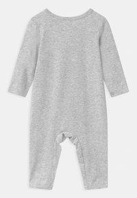 Cotton On - UNIVERSAL LONG SLEEVE UNISEX - Pyjamas - cloud - 1