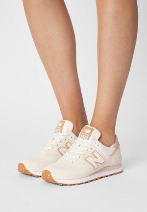WL574 - Sneaker low - angora
