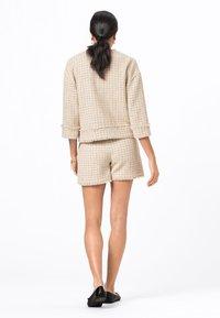 HALLHUBER - Shorts - creme - 2
