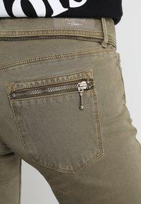 Kaporal - SLOOP - Trousers - khaki - 5