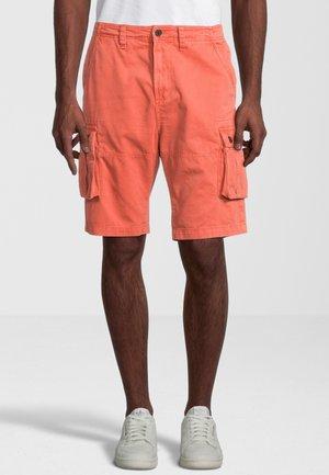 PARKER - Shorts - orange