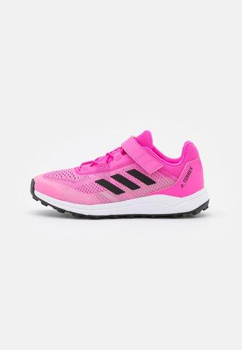 TERREX AGRAVIC FLOW CF UNISEX - Hiking shoes - screaming pink/core black/footwear white