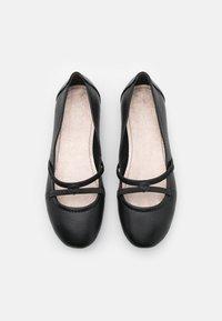 Tamaris - Ballerina's met enkelbandjes - black - 5