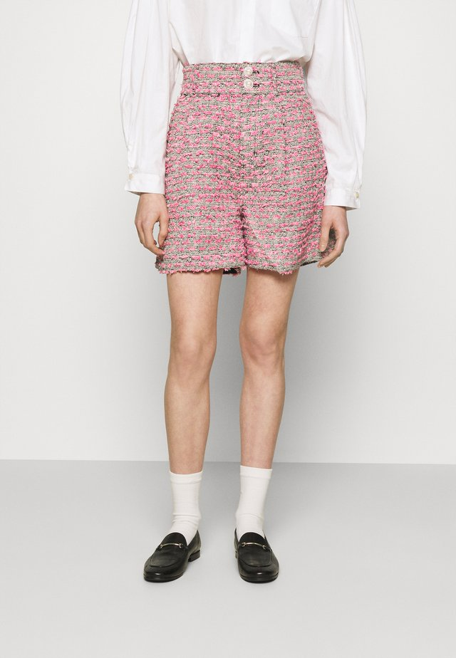 ALIBA - Shorts - black/pink
