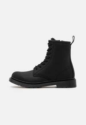 1460 SERENA MONO REPUBLIC WP - Lace-up ankle boots - black