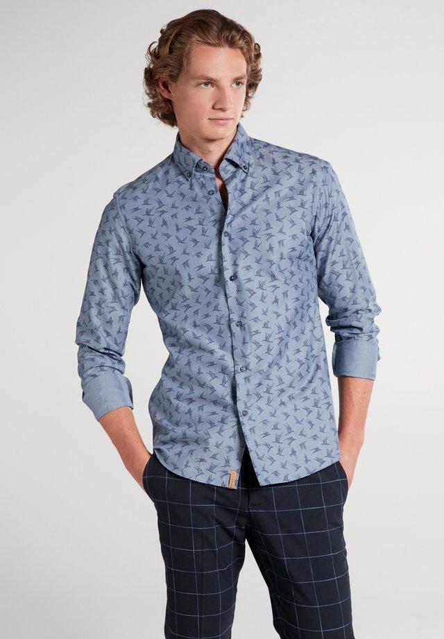 SLIM FIT - Overhemd - jeansblau