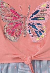 happy girls - Jersey dress - flamingo - 2