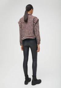 PULL&BEAR - Light jacket - bordeaux - 2
