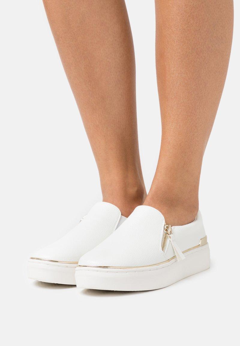 Call it Spring - ARIANA - Sneakersy niskie - white