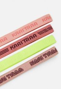 Kari Traa - JANNI HEADBAND 4 PACK - Autres accessoires - light pink - 2