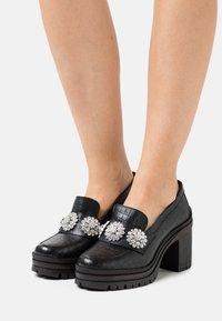 YAS - YASRENNA OXFORD HEELS - Platform heels - black - 0