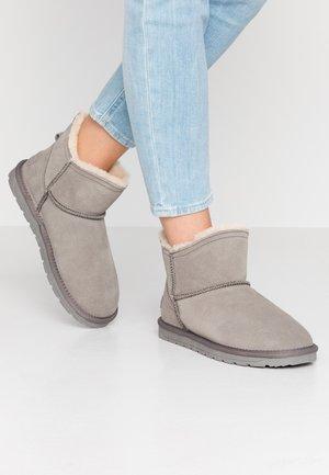 LUNA LOW - Kotníkové boty - gunmetal