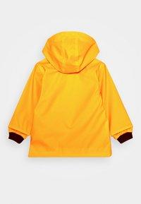 Petit Bateau - FATAH CIRE UNISEX - Regnjakke / vandafvisende jakker - jaune - 1
