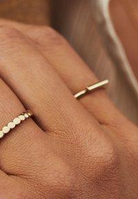 Isabel Bernard - 14 CARAT GOLD - Ring - gold - 2