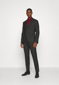 Isaac Dewhirst - CHECK SUIT SET - Garnitur - grey - 0