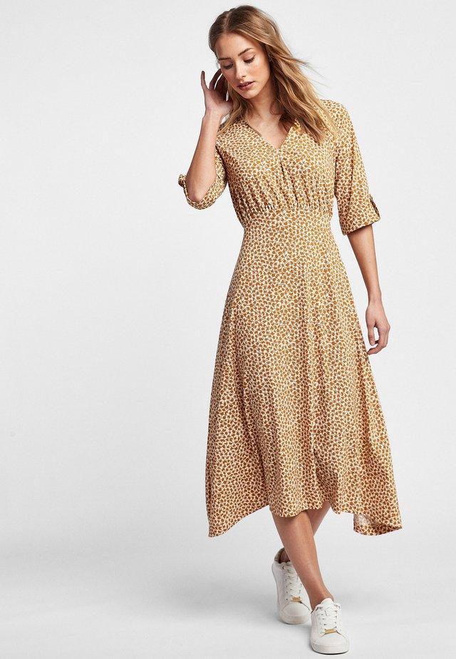 TAN GEO - Day dress - brown