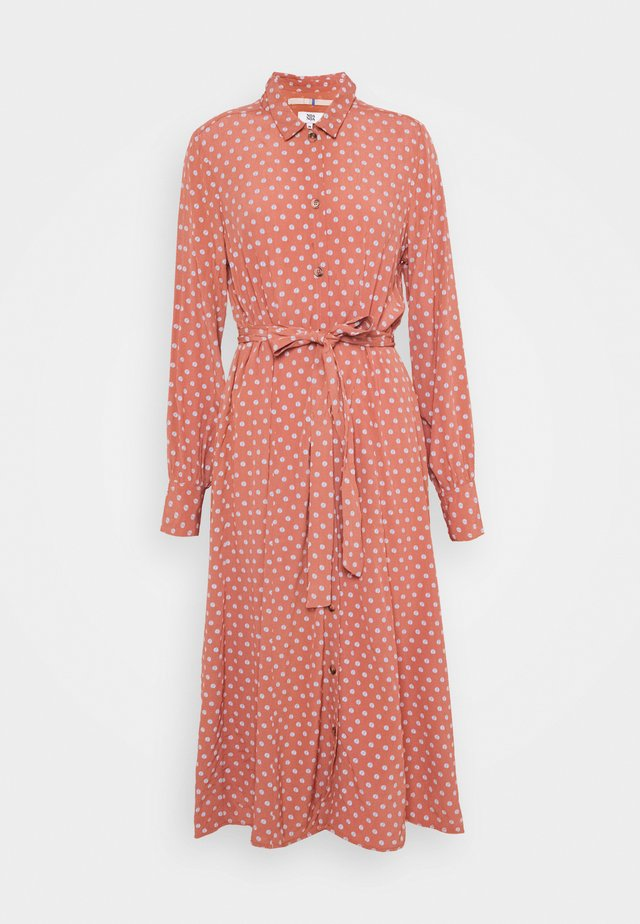 SOFT MOSS - Shirt dress - red