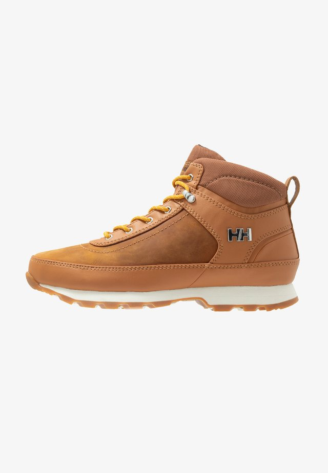 CALGARY - Hiking shoes - honey wheat/angora