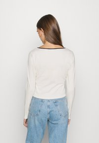 Levi's® - BRANDY TEE - Langærmede T-shirts - tofu - 2